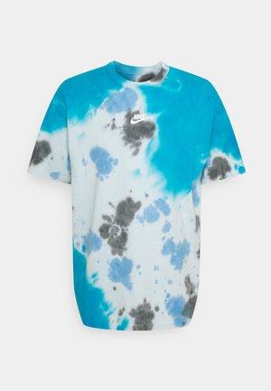 TEE  - T-shirt med print - laser blue/football grey