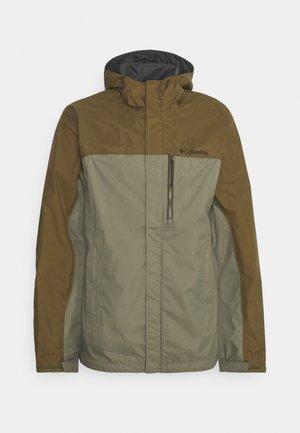 POURING ADVENTURE JACKET - Hardshell jacket - stone green/new olive