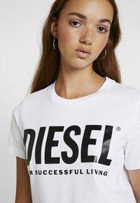 Diesel - T-SILY-WX MAGLIETTA - T-shirt con stampa - white - 4