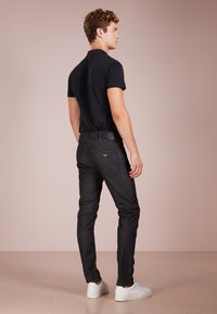 Emporio Armani - Slim fit jeans - denim nero - 2