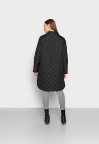 Selected Femme Petite - SLFFILLIPA QUILTED COAT - Parka - black - 2