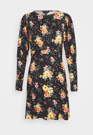 PUFF SLEEVE FLORAL DRESS - Žerzejové šaty - black