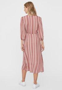 Vero Moda - Day dress - marsala - 2