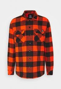 SACRAMENTO - Shirt - bright orange