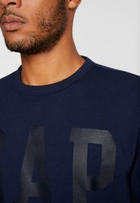 GAP - CREW - Sweatshirt - tapestry navy - 4