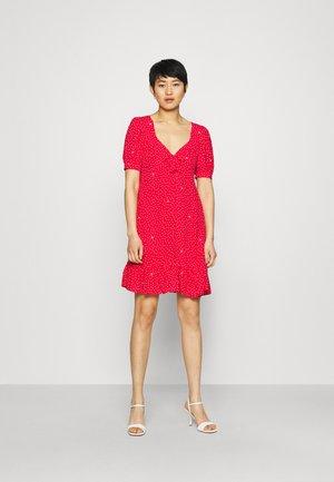 ABITO - Vapaa-ajan mekko - red pois