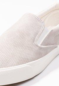 New Look - MIZARD - Nazouvací boty - mid grey - 2