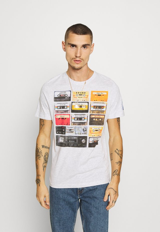 DECADE - T-shirt print - ecru marl
