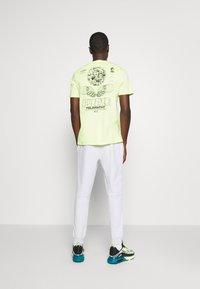 Nike Sportswear - Pantalon de survêtement - pure - 2