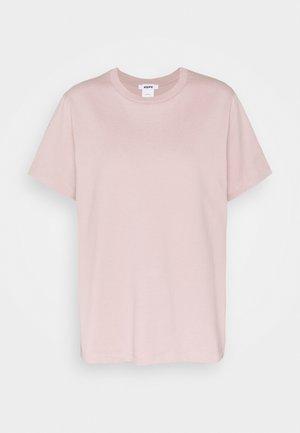 STANDARD TEE - T-shirts - mushroom