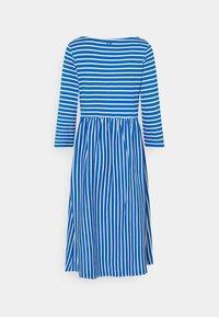 TOM TAILOR DENIM - STRIPED DRESS - Jersey dress - mid blue - 1