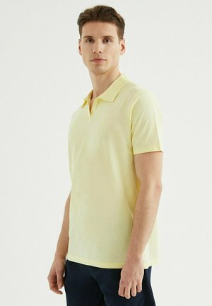 Polo shirt - french vanilla