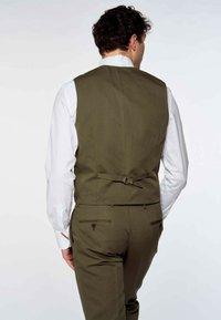 MDB IMPECCABLE - Suit waistcoat - khaki - 2