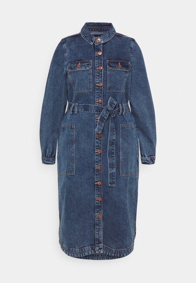 PCGAMIR - Denimové šaty - medium blue denim