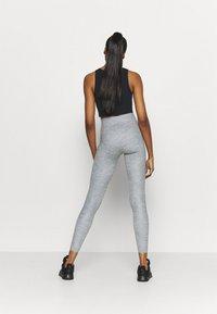 Nike Performance - ONE LUXE - Leggings - light smoke grey - 2
