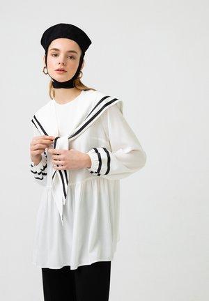 Tunica - off-white