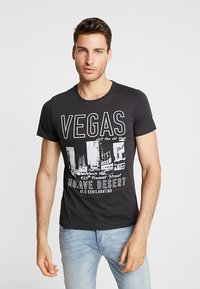 s.Oliver - Print T-shirt - charcoal - 0