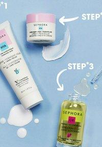 SEPHORA COLLECTION - MOISTURIZING DAY CREAM - GOOD SKINCARE - Face cream - - - 4