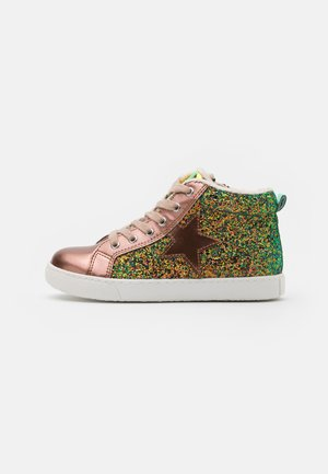 High-top trainers - bronze