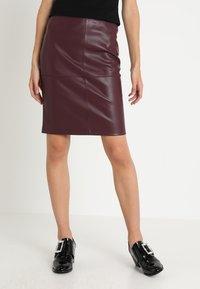 Vila - VIPEN - Pencil skirt - winetasting - 0