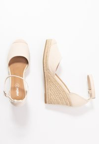 Rubi Shoes by Cotton On - FLORENCE CLOSED TOE  - Hoge hakken - stone - 3