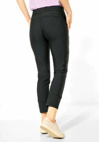 Street One - LOOSE FIT - Trousers - grün - 1
