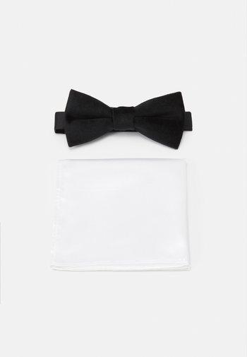 ONSTBOX THEO BOW TIE HANKERCHIEF SET - Fazzoletti da taschino - black/white