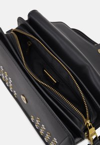 Versace Jeans Couture - BUCKET - Kabelka - nero - 3