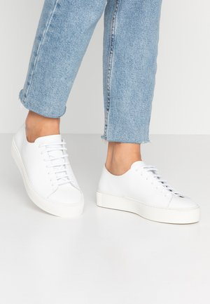 DORIC DERBY SHOE - Sneakers basse - white