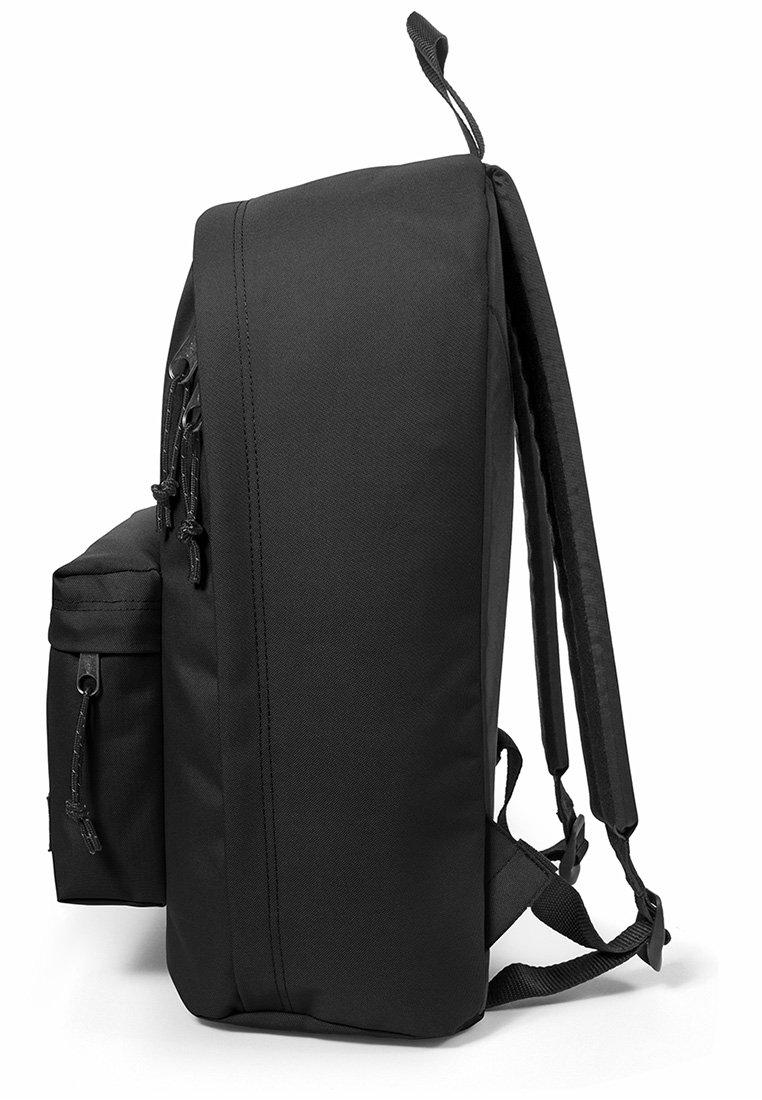 Eastpak OUT OF OFFICE - Tagesrucksack - black/schwarz - Herrentaschen TJ6YZ