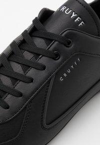 Cruyff - NITE CRAWLER V2 - Trainers - black - 5
