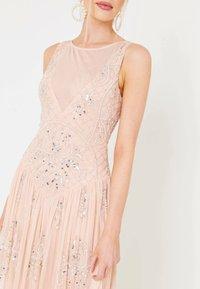 BEAUUT - Společenské šaty - blush - 3