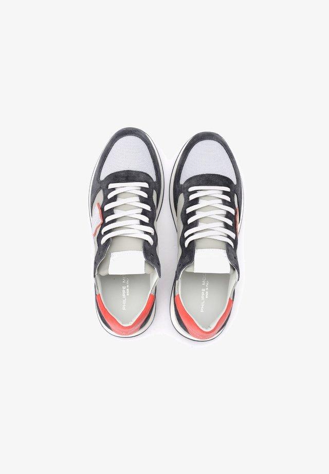 TROPEZ X IN E TESSUTO E R - Sneakers basse - grigio