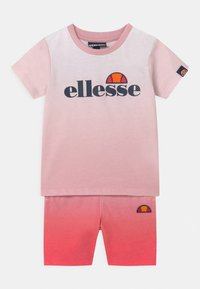 Ellesse - CONSTANCIE SET UNISEX - Shorts - pink - 0