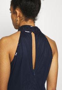 Dorothy Perkins Petite - ELEANOR ENAMEL BEADED HALTER MAXI DRESS - Occasion wear - navy - 3