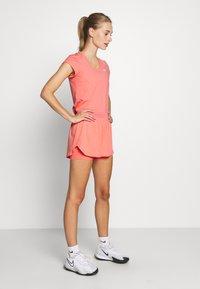 Nike Performance - DRY  - Jednoduché triko - sunblush/white - 1