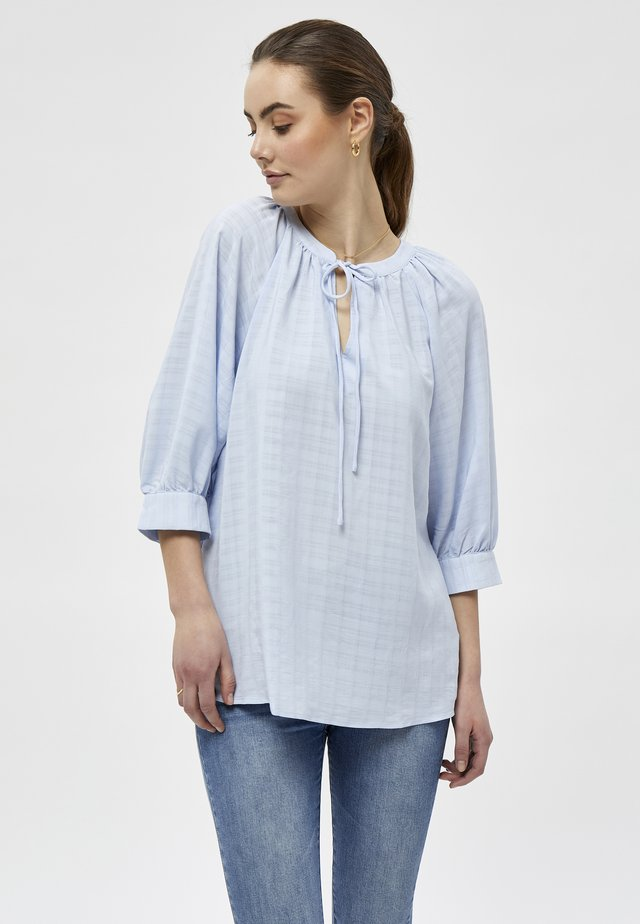 Blus - cashmere blue