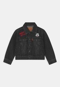 Levi's® - MICKEY MOUSE TRUCKER UNISEX - Denim jacket - washed black - 0