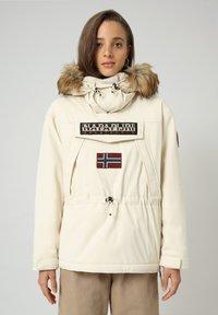 Napapijri - SKIDOO - Winter jacket - WHITECAP GRAY - 0