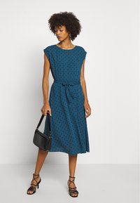King Louie - BETTY DRESS LOOSE FIT - Day dress - storm - 1