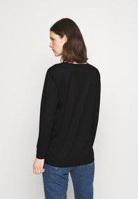 Marks & Spencer London - RELAXD CREW - Long sleeved top - black - 2
