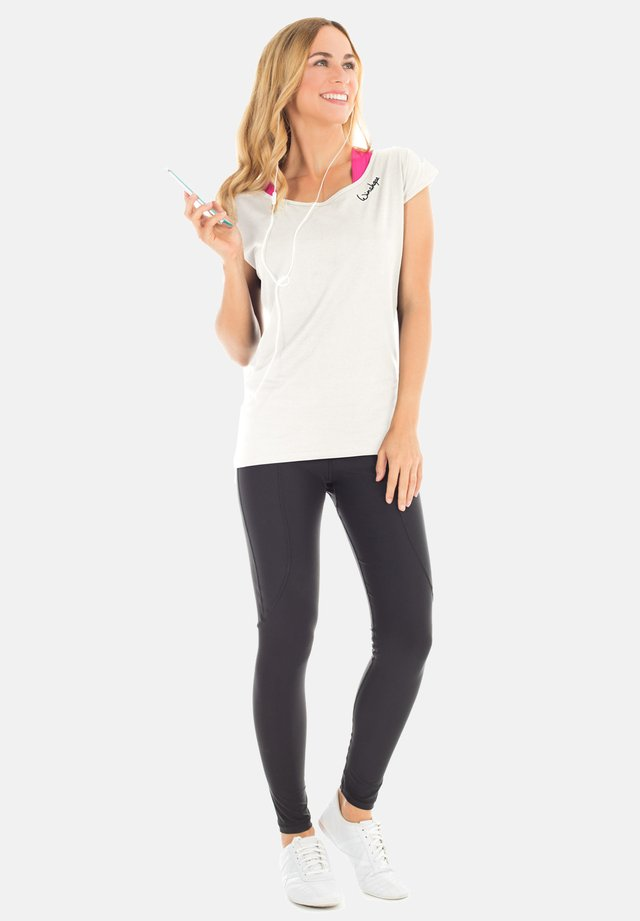 MCT013 ULTRA LIGHT - T-shirt basique - vanilla