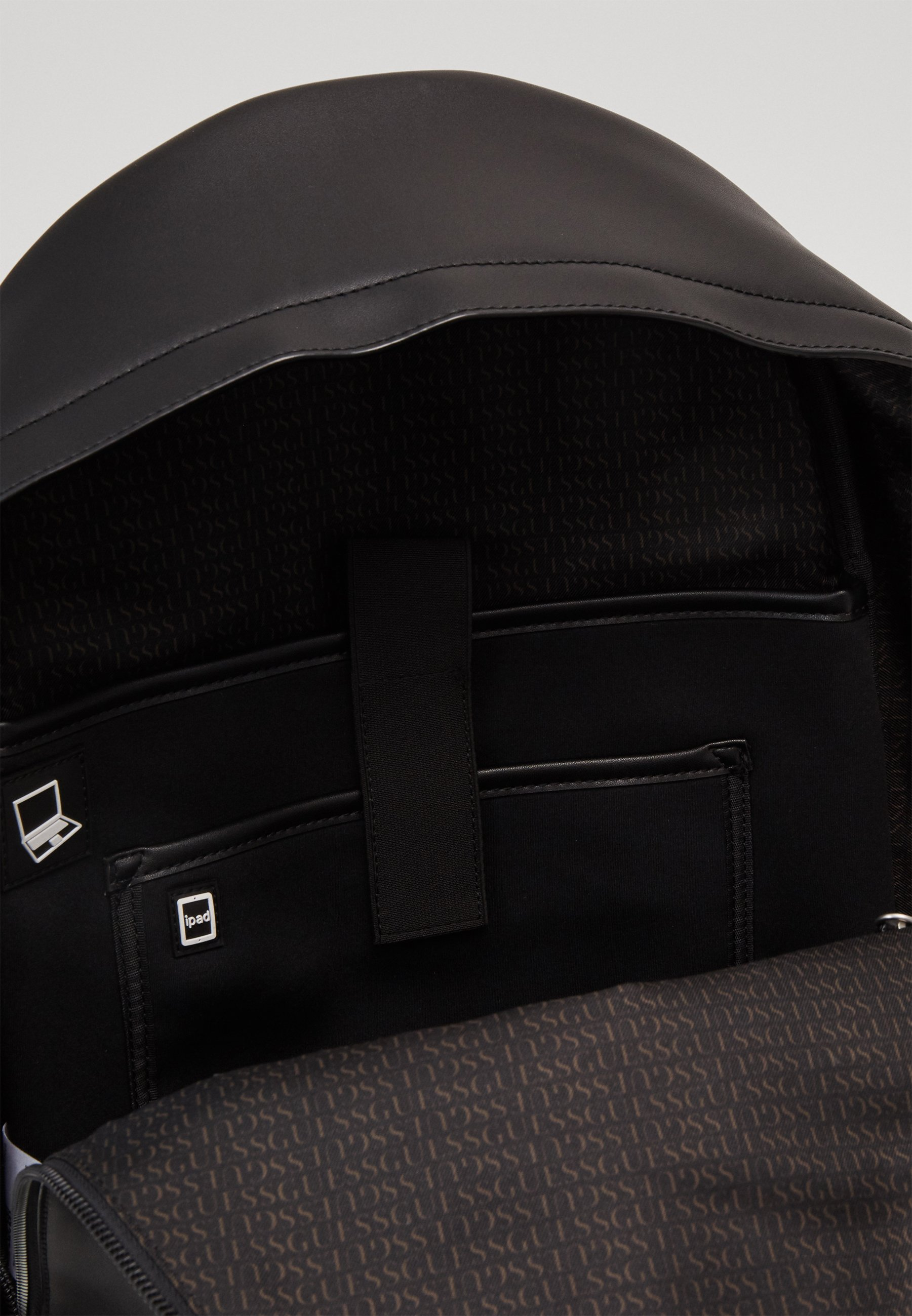 Guess DAN BACKPACK - Tagesrucksack - black/schwarz - Herrentaschen efgGB