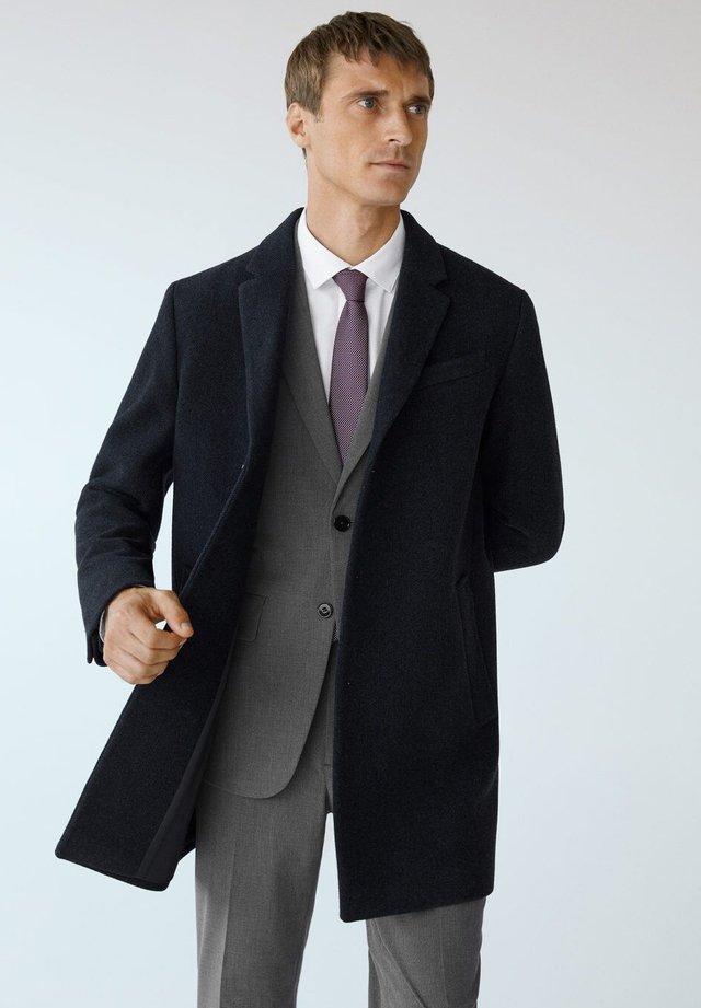 Halflange jas - donkermarine