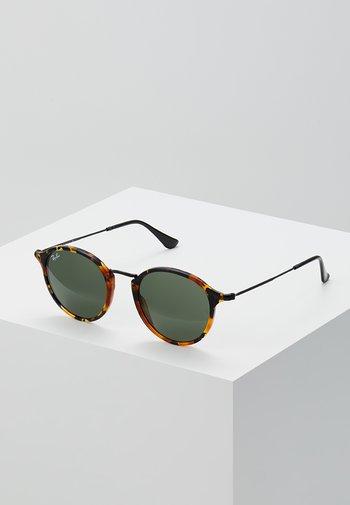 0RB2447 - Okulary przeciwsłoneczne - havana