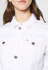 Tommy Jeans - VIVIANNE SLIM TRUCKER  - Denim jacket - white - 4