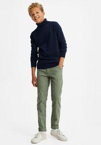 WE Fashion - Chino - mint green - 0