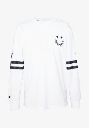 TWISTED VARSITY LONG SLEEVE TEE - Long sleeved top - white