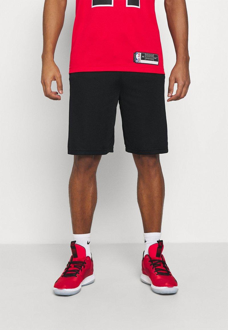 Nike Performance - Pantaloncini sportivi - black/white/university red