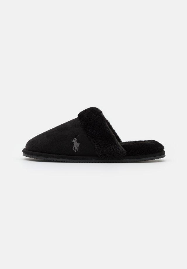 SUMMIT SCUFF II - Slippers - black /grey
